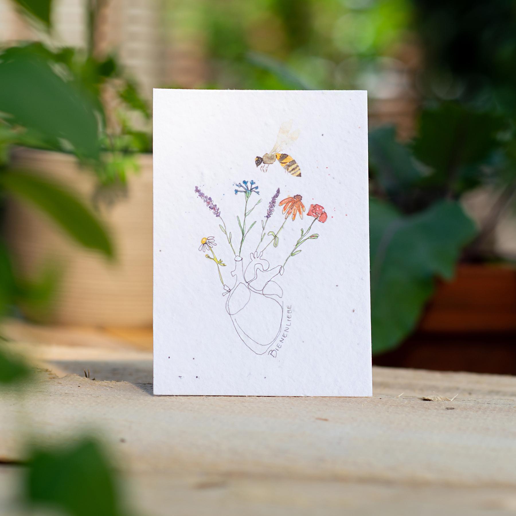 "Gewinnerkarte Wachsende Kunst 2021 ""Bienenliebe"" Biene Blume Herz"