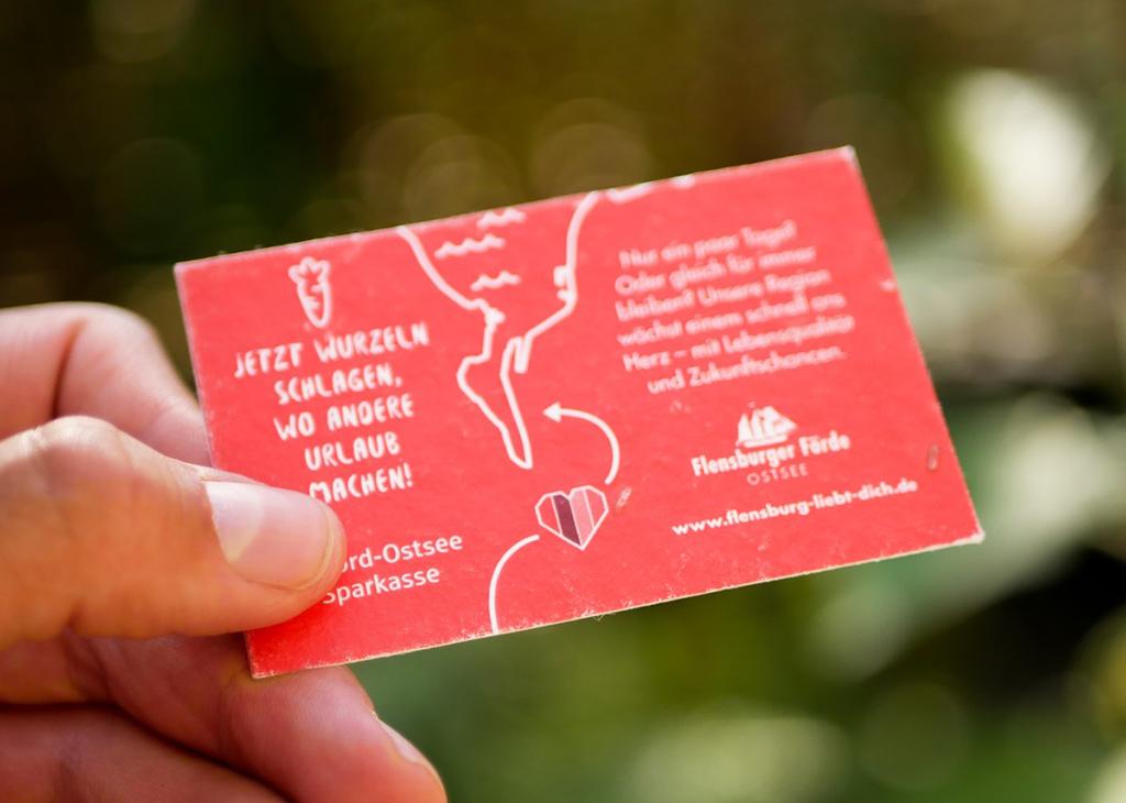 einpflanzbare Visitenkarte aus Samenpapier von primoza für die Flensburger Förde