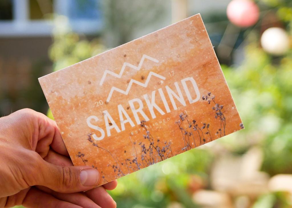 orange B2B Grußkarte aus Samenpapier von primoza für Saakind